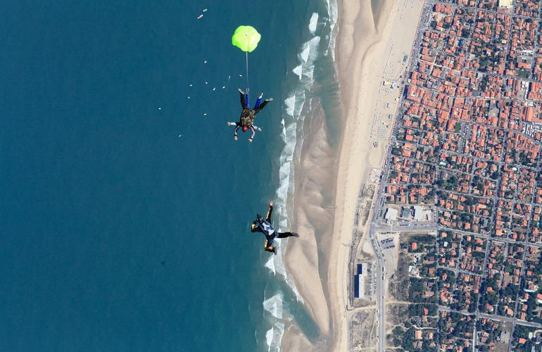 Soulac skydiving