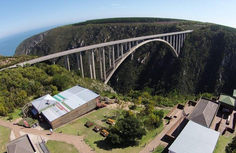 Bungee Jumping from the famous Bloukrans Bridge
