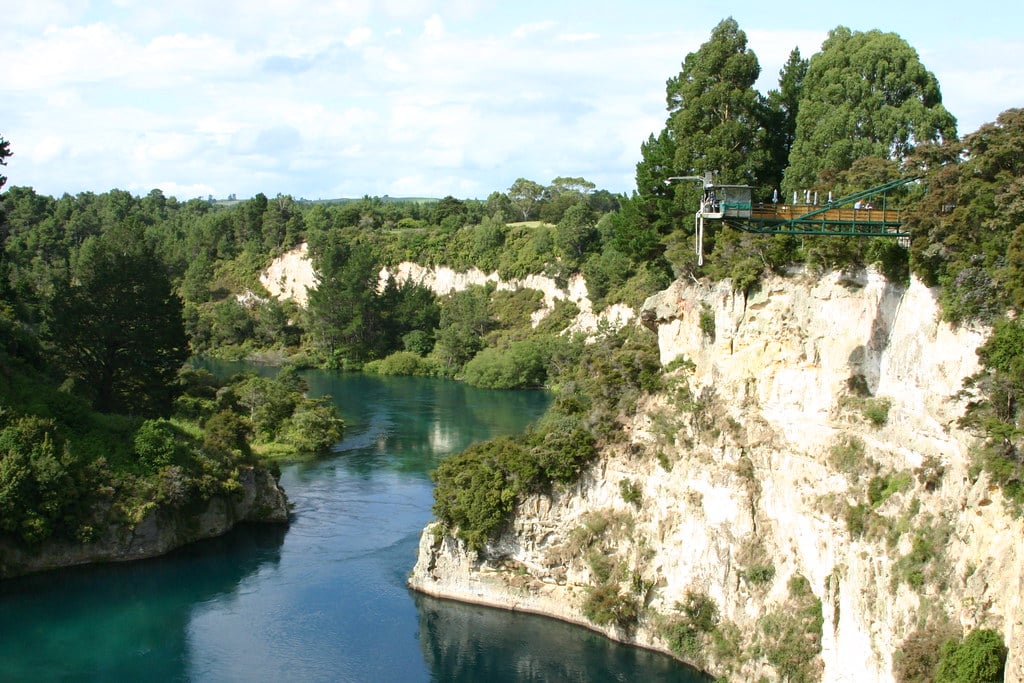 cliff top bungee jump in taupo, new zealand