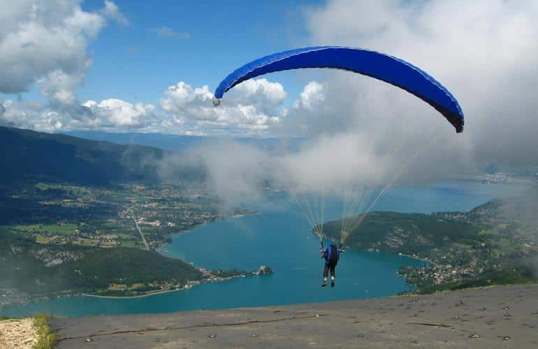 Paragliding as a gift