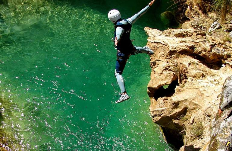 canyoning in rio verde groge