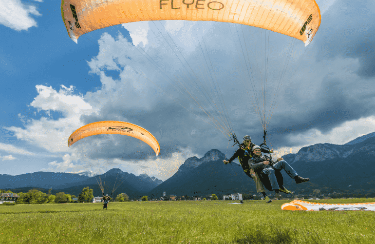 Paragliding landing in Annecy